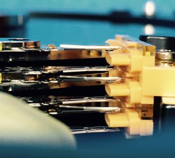 clicking-hard-disk-actuator-arm